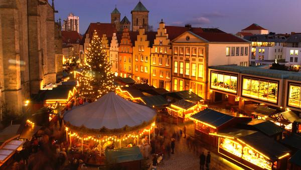 Melle Weihnachtsmarkt.Christmas Market Hotel Melle Osnabruck
